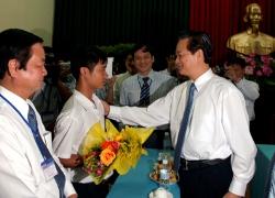 Thủ tướng gặp thủ khoa 'giăng câu'
