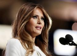 Ảnh nude khiến vợ Donald Trump bị nghi phạm luật visa