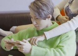"""Áo xanh của Sơn Tùng """"đụng độ"""" Lee Min Ho, ai chất hơn"""