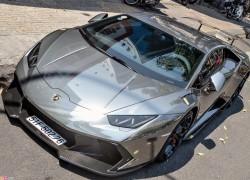 Lamborghini Huracan độ body và dán chrome ở Sài Gòn
