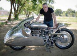 Chết mê ấn phẩm xế độ Moto Guzzi tăng áp