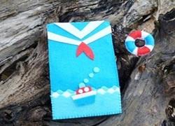 Bao điện thoại áo lính hải quân nhắng nhít của riêng mùa hè
