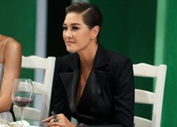 'Chị đại' Lukkade Metinee quay trở lại làm khó thí sinh The Face Vietnam