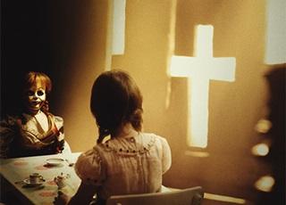 'Annabelle 2: Tạo vật quỷ dữ': Cuộc săn mồi nghẹt thở của ác quỷ