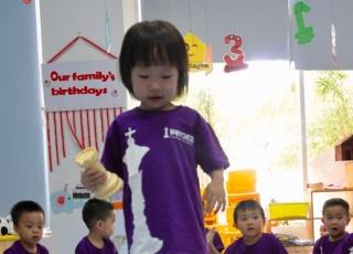 Giúp trẻ tự tin, tư duy độc lập với Babychess