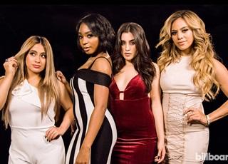 Nhóm nhạc nữ Fifth Harmony 'đụng độ' thành viên cũ ngày trở lại