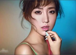 """Nữ Chủ tịch đội bóng Trung Quốc được mệnh danh là """"sếp nữ xinh đẹp nhất thế giới"""""""