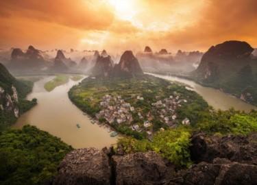 """Khám phá những thị trấn cổ """"đẹp muốn xỉu"""" ở Trung Quốc"""