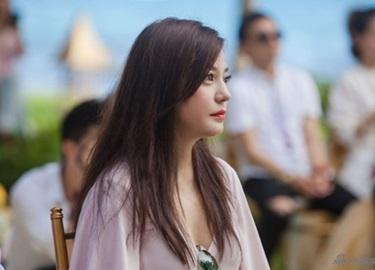 Chẳng ngờ 'Én nhỏ' Triệu Vy đứng đầu danh sách Ngôi sao bị ghét nhất Trung Quốc
