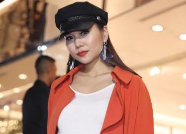 """Angela Phương Trinh, Thanh Hằng siêu cá tính cùng nhau """"công phá"""" thảm đỏ"""