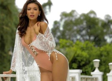 Chân dài Việt nào đủ đẹp để diễn show nội y nóng bỏng nhất hành tinh?