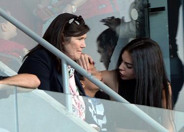 Mẹ Ronaldo bắt đầu khó chịu với con dâu tương lai Georgina