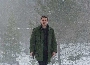 """""""Dị nhân Magneto"""" đáng ghét đã trở lại và lợi hại hơn trong """"The Snowman"""""""