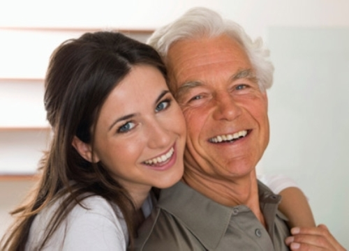 Tiến sĩ 56 tuổi vẫn ước mơ lấy được cô vợ... vừa còn trinh vừa trẻ