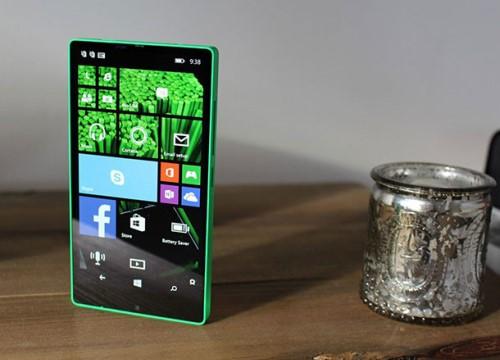 Microsoft từng thiết kế điện thoại Windows màn hình viền mỏng vào năm 2014