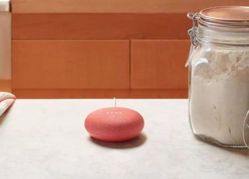 Một số loa thông minh Google Home Mini tự khởi động và ghi âm