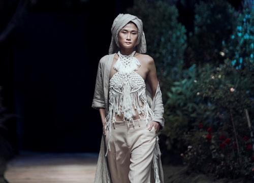 Kha Mỹ Vân tỏa sáng trên sàn catwalk Việt