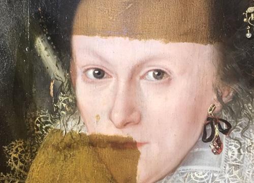 Khám phá bí ẩn của bức tranh cổ chỉ được hiện ra khi tẩy lớp màu trên cùng
