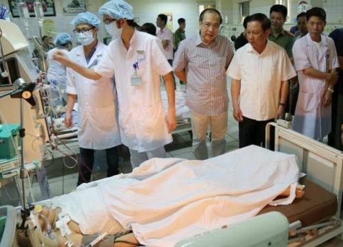 Vụ chạy thận 8 người chết: Gia đình nạn nhân được ứng 50 triệu đồng