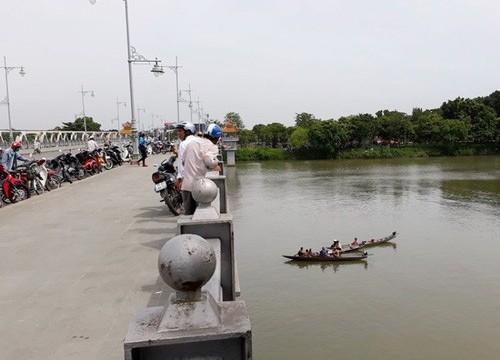 Năm 2017, gần 30 vụ nhảy sông Hương tự tử