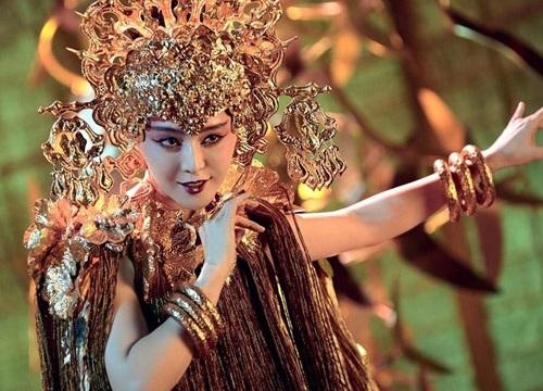 Trang phục 'nhức mắt' trong phim cổ trang Trung Quốc