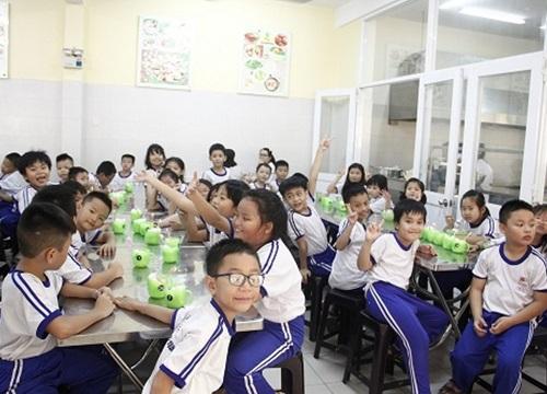 Hơn 2 tỷ đồng cải thiện bữa ăn cho học sinh Lạng Sơn