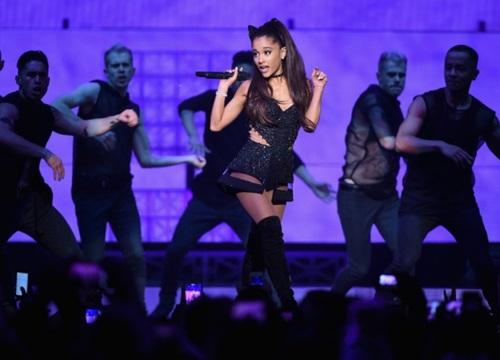 Hủy nhiều concert, doanh số tour lưu diễn của Ariana Grande vẫn tăng chóng mặt