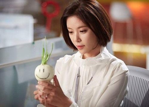 Những món đồ bỗng dưng hot nhờ phim Hàn lăng-xê