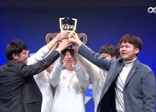 LMHT: Đây là cảm giác của Smeb khi chiến thắng 3 đồng đội cũ để giành cúp KeSPA