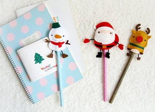 Tự làm bộ bọc đầu bút mang đậm không khí Giáng sinh