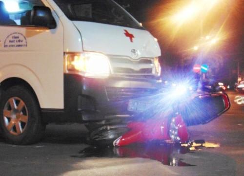 Vụ xe cứu thương gây tai nạn: Xe cứu thương không mở còi ưu tiên