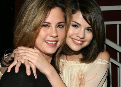 Justin Bieber vẫn chưa được gia đình Selena Gomez chào đón