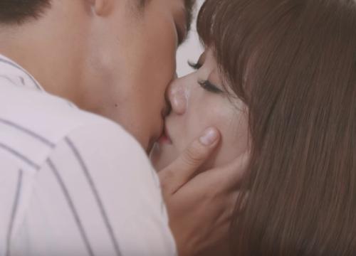 """""""Thiên Ý"""" tập kế cuối: Hari Won đau khổ vì người yêu sắp biến mất sau nụ hôn đầu"""