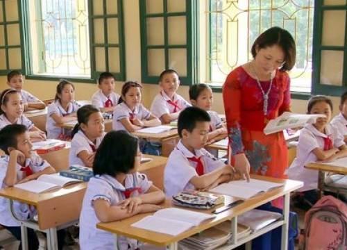 Đề xuất giải tán phòng giáo dục quận/huyện: Các giáo viên như 'mở cửa trong bụng'