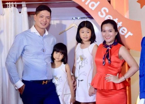 Sau lùm xùm với Trương Quỳnh Anh, Bình Minh rạng rỡ xuất hiện bên bà xã và hai con cưng