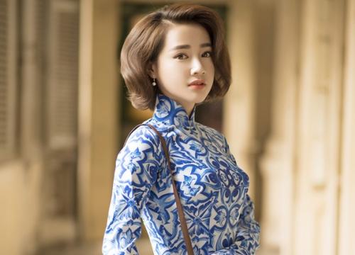 Nhã Phương khác lạ khi để tóc ngắn, diện áo dài gạch bông