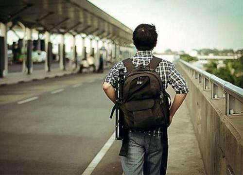 Tôi hoang mang với lý do chia tay của bạn trai khi anh đang đi du lịch
