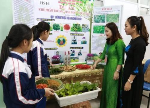 Quảng Trị: Hợp tác hỗ trợ học sinh và giáo viên nghiên cứu khoa học