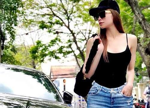 Đẳng cấp Hồ Ngọc Hà: chỉ diện áo hai dây và jeans vẫn khiến bao người mê mệt!