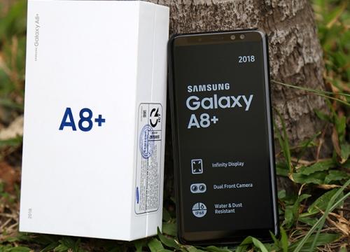 """""""Đập hộp"""" Galaxy A8+ bản thương mại mới ra mắt"""