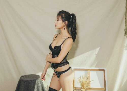 Người đẹp Jung Yuna khoe dáng gợi cảm
