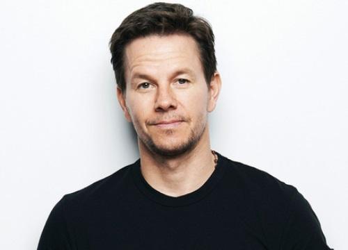 Sau scandal chênh lệch cát-xê, Mark Wahlberg quyên 1,5 triệu đô cho chiến dịch chống lạm dụng tình dục