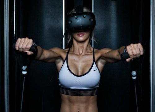 """Thiết bị cho phép biến tập gym thành game nhập vai, các """"tạ thủ"""" nay đã khỏe lại còn vui"""