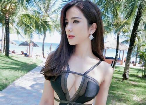 """Ảnh áo tắm """"đốt mắt"""" của dàn mỹ nữ Việt nóng bỏng nhất 2017"""