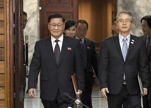 Cuộc gặp lịch sử của quan chức Triều Tiên-Hàn Quốc