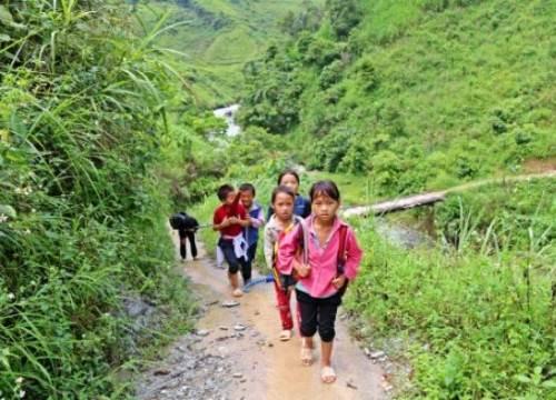 Giáo dục miền núi Hà Giang đang thừa và thiếu