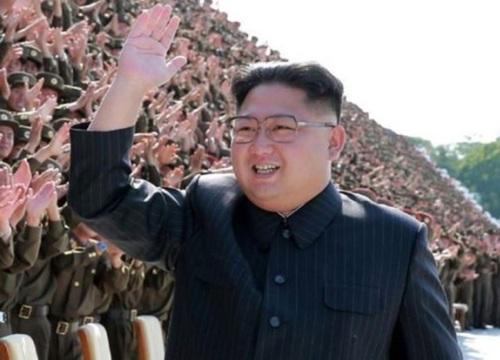 """Nhật cảnh báo về chiêu """"tấn công quyến rũ"""" của Triều Tiên"""