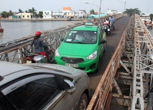 TP.HCM dùng tiền ngân sách để thuê cầu đường giao thông