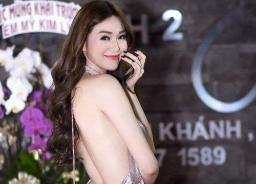 """3 mỹ nhân Việt quá sexy với kiểu váy """"chưa chạm tưởng sắp rơi"""""""