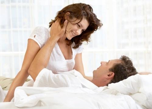 """Tại sao có những người phụ nữ dễ dàng """"lên đỉnh"""" khi """"yêu"""", còn bạn thì không?"""